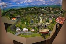 Small HO Gauge Custom Model Train Layouts / Dunham Studios' small HO gauge custom model railroads, custom model train layouts, custom train layouts, train accessories and more