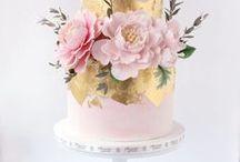 •  GNAMMY WED CAKE •
