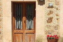 TRAVEL | Spain / Travel tips and inspiration for Spain - including Mallorca, Madrid, Barcelona, Seville...