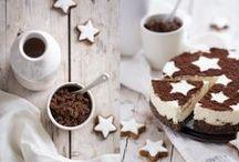 Weihnachtsbäckerei / Willkommen in der Weihnachtsbäckerei!  Hier findest Du so manche Leckerei, ob Stollen, Plätzchen, Pralinen oder Kuchen, traditionelle Rezepte oder neue Kreationen - voller Düfte nach Zimt, Vanille, Nelken oder Bratapfel.