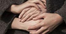 mãos / Ou o que parece com elas