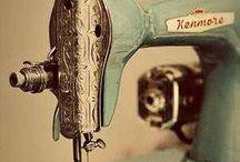 Achter de naaimachine