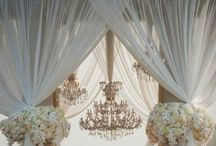 chandelier obsession / by Caryll Fabello