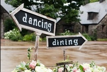 Rustic Wedding Signs / The best rustic wedding signs for your wedding. Wedding signs are so fun to display at your country wedding and a rustic wedding.