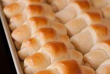 Breads / by Lyla Dubs