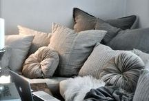 WINTER LIVING / Cosy, warm spaces and wintery hues #interiors #warmth #winter #livingspace #fireplaces #thedesignhunter
