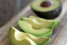 Healthy Avocado Recipes / Healthy recipes featuring our favorite ingredient/favorite food: the avocado.