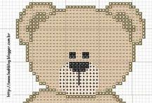 i like it... cross stitch bears / by Marta Lourenço