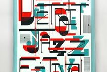 Overprint en Duotone / Ontwerpen met 2 pantone kleuren. Niet alle posters hier zijn helemaal duotone! Af en toe zijn ze gedrukt op gekleurd papier, en soms is er toch een 3e kleur bij in gesmokkeld.