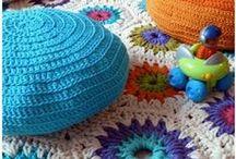 Crochet y más crochet / by C Edith Saenz