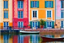 Colour outdoors / Colourful Places