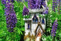 Art of Sally J Smith - Faerie houses & more /  Beautiful Environmental art & Faerie Houses sculptures created by Sally J Smith at Greenspiritarts.com. Fairy houses, spiral art creations, mazes from natural elements, ice castles, peaceful arrangements and more. Creative and inspiring!