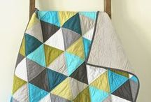 Baby  ||  Quilts / Inspiration for making beautiful baby quilts. All of the quilts pinned here could easily be modified to make a really beautiful and modern baby quilt!
