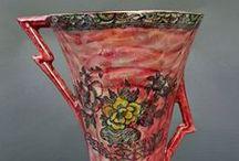ART DECO!!!!!!! / Η Αρ Ντεκό (γαλλικά: Art Déco), που σημαίνει «Διακοσμητική Τέχνη», αναφέρεται σε ένα διεθνές καλλιτεχνικό κίνημα, το οποίο επικράτησε από το 1925 μέχρι τη δεκαετία του 1940.