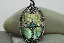 Necklaces & Pendants / by Donna Grasso