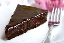 Recipes to try - Sweets & Desserts / by Amanda Santos