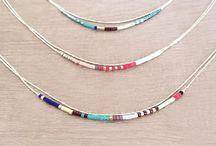 Bijoux & accessoires / Bijoux, accessoires, Bijoux fantaisies, bracelet, sautoirs, bagues, boucles d'oreilles, collier, perles, pampilles ...