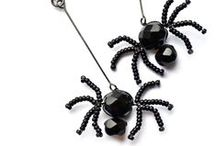 Happy Halloween! / Fabulous new free projects, available to download at http://www.spellboundbead.co.uk/page/45/Halloween
