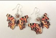 Butterfly earrings with pearls / Earrings made of leather, pictures of butterflies and pearls. Minka / www.minka.fi