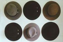 Sombreros, gorras y gorros / by Mapi