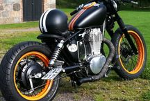 Bobber and Cafe Racer Motorcycles / Awesome built motorcycles and stuff. Bobber and cafe racer bikes. Cool biker acessories and helmets.