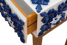 Blue | Side Table / Portuguese tile itself translates sensibility, poetry and history of this country. A piece that brought the past into the future. 'Tile' doesn't need introductions since it is one of the strongest Portuguese cultural expressions. This piece evokes the transcendent Art status. Respectfully to this status, Bat eye ® created this honored piece of art with palisander wood, and carefully hand painted.