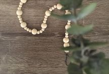 Nidie Bo, Wooden bead garland, home decor, nursery decor, kids decor, soy candles / Wooden bead garlands, wall hangings, soy candles and other creations for your home, the kid's or baby's room. We are Nidie Bo x