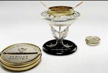 Gioielli da tavola: Il porta caviale / Questo prezioso oggetto realizzato in esclusiva per Caviar Giaveri da sapienti artigiani, esprime il concetto della filosofia di Caviar Giaveri: portare di nuovo la tradizione del caviale nelle tavole, secondo l'etica di sostenibilità attuale di questo pregiato prodotto.