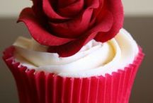 celebration cakes and sweets / looks and tastes delicious