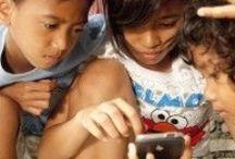 Play around the World / Where, what and how children play around the world.
