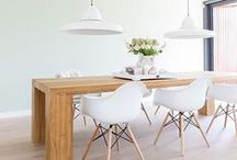 - DININGROOM - / Together at the table, a moment to talk, be together, and enjoy the delicious food