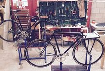 Single speed bicycles. THE WORKSHOP! / Fixie singlespeed velo porteur bicycle