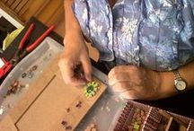 Mosaic classes in Barcelona / The Spanish Touch offers mosaic classes with a local artist.