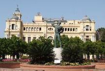 Our favourite façades in Malaga / There are lots of stunning façades in Malaga. Here are a few of our favourites.  http://www.guidetomalaga.com/
