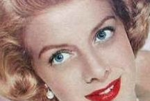 """ROSEMARY CLOONEY"" / BORN: 23 March 1928 DIED:   29 June 2002-74yrs [Lung Cancer]  (#1)..m.1953-Div.1962 (#2)..m.1964-Div. 1967 JOSE FERRER (1912-1992)-5ch  (#3)..m.1997-2002/Her Death Dante DiPaolo (1926-2013);  --CHILDREN--  1..MIGUEL (1955-2017)-61yrs [Throat Cancer] m.2x-3ch.. -Lukas (1993); -Rafael (1996); -Jose (2004);  2.Maria (b.1956);  3..GABRIEL (b.1957)..m.1979 Debby Boone (b.1956)-4ch... -Jordan (1980); -Gabrielle (1983-twin); -Dustin(1983-twin); -Tessa (1986);  4..Monsita (b.1958)..m.Terry Botwick-3ch... -Harry; -Nathaniel; -Theo;  5..Rafael (b.1960);  --SIBLINGS--  BETTY CLOONEY (1929-1976)-47yrs [Brain Aneurisym]  (#1)..m.1951-1953 Annulled Tony Pastor;  (#2)..m.1955-1976/Her Death Popi Campo (1920-2011)-4ch... -Cathi (1957)-3ch; -Carlos (1958)-3ch; -Carin Leary; -Cristina Stretz; ______________ NICK CLOONEY(b.1934)..m.1959 Nina Warren-2ch.. 1..Ada; 2..GEORGE CLOONEY (b.1961).. m.2014 Anal Alamuddin (b.1978)-2ch.. -Ella (2017-twin); -Alexander (2017-twin);"