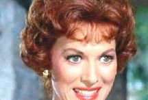 """MAUREEN O'HARA"" / Born: 17 August 1920 Died: 24 October 2015 95yrs  ================== Siblings: Peggy (Nun) **Maureen Charles Florrie Margot Jimmy  =================== MARRIAGE:  #1...m.1939/ann.1941 George H.Brown;  #2...m.1941/div.1953 Will Price 1ch;  **Bronwyn FitzSimmons (1944-2016) 71yrs -Conor Beau FitzSimmons(b.1970) 2ch... -Everest; -Bailey;  #3..m.1968-d.1978 Charles F. Blair Jr. (1909-1978);"