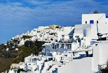 Greece & Italy Travel / Find the most lovely places to visit in Greece and Italy here. We are talking the must-see islands, small villages and historical areas.