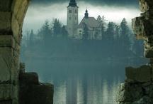 Castles and Churchs!!