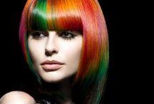 RADICAL linia do włosów farbowanych / Wyjątkowo łagodne kosmetyki do pielęgnacji włosów farbowanych, osłabionych i zniszczonych. Dzięki specjalnie opracowanej recepturze z naturalnym ekstraktem z miłorzębu, prowitaminą B5 i inuliną z cykorii produkty regenerują nawet bardzo zniszczone włosy, zapobiegają łamaniu i rozdwajaniu się końcówek, doskonale odżywiają i naprawiają uszkodzenia oraz przedłużają intensywność koloru.