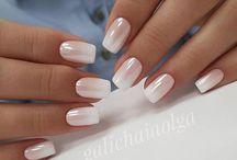 Nails / Make up