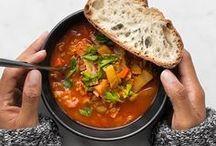 Winterse recepten / Recepten en inspiratie voor winterse gerechten.  Stamppotten, stoofschotels, gebonden soepen, ovenschotels, stoofvlees, warme dranken, warme desserts. Om met vrienden te genieten van een warme winterse maaltijd.