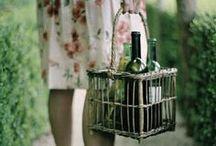 Wijn opbergen / Ideëen, tips en suggesties om wijn op te bergen, wijn bewaren, wijnkelder, wijnkast (maken), wijnrek. wijnkoelkast. In je keuken of woonkamer. Hoe kun je het beste wijn bewaren.