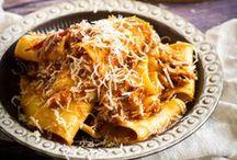 Pasta recepten / Recepten met pasta, pasta carbonara, pasta bolognese, ovenschotels, pasta salades, Italiaanse recepten, pasta saus, eenpansgerechten, met kip, champignons, gehakt, wijn