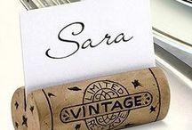 Wijn accessoires / Wijnaccessoires zoals wijnkoelers, wijnboeken, wijnglazen, wijndecoratie, wijnflessen, wijn kado.