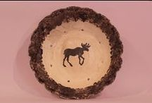 Moose Themed Pottery / The Moose design is about as Canadian as it gets, eh? This design is available on pots, plates, wine coolers, mugs, wine cups, casseroles and bakers.