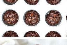 Muffins / Muffin recipes. Dessert muffins and breakfast muffins included.