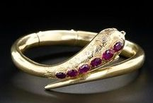 Snake Jewelry / Jewelry with snakes including ancient jewelry, fine jewelry, vintage and handmade.