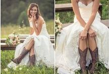 Country Chic Wedding Ideas / Looking for inspiration for your Country Chic Wedding? We have wedding gowns, decor, food, centerpieces, hair styles and much more collected into this one Pinboard!