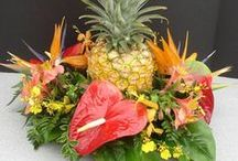 Tropical Wedding / Wedding with Tropicals are Vibrant & Colorful.