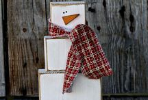 Wooden Christmas Crafts / Beautiful things made of wood